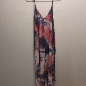 LOVESTITCH MAXI DRESS SIZE M/L POCKETS